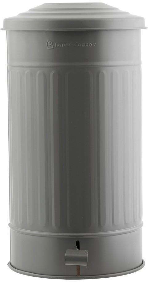 På billedet ser du variationen fra brandet House Doctor i en størrelse D: 25,5 cm. x H: 48 cm. i farven Armygrøn
