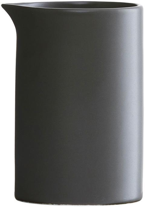 På billedet ser du variationen fra brandet House Doctor i en størrelse D: 6,5 cm. x H: 10 cm. i farven Sort
