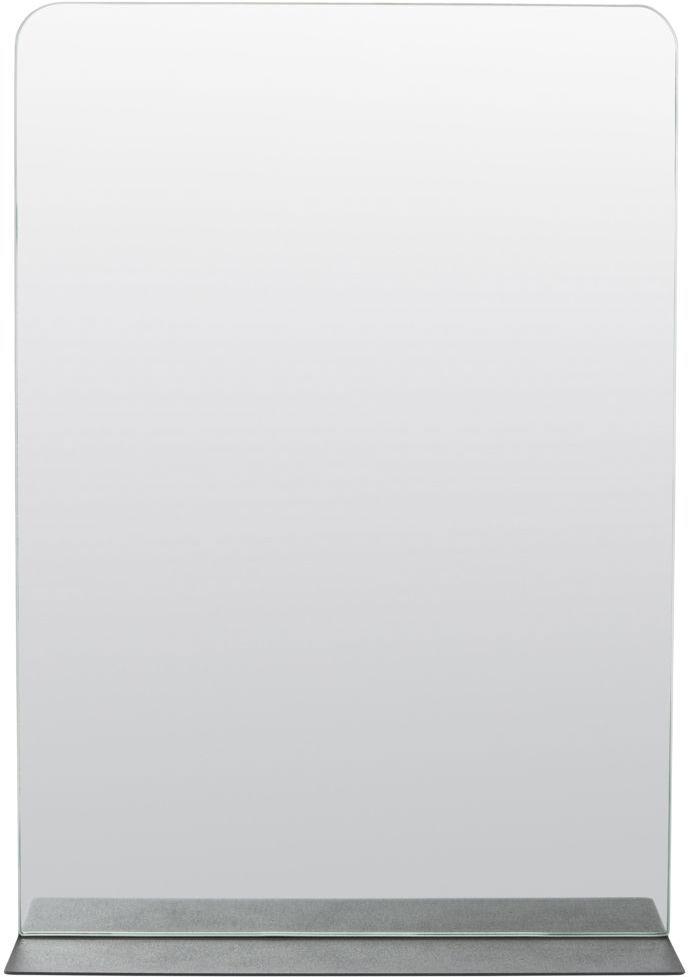 På billedet ser du variationen fra brandet House Doctor i en størrelse 50 x 35 x 10 cm. i farven Sort