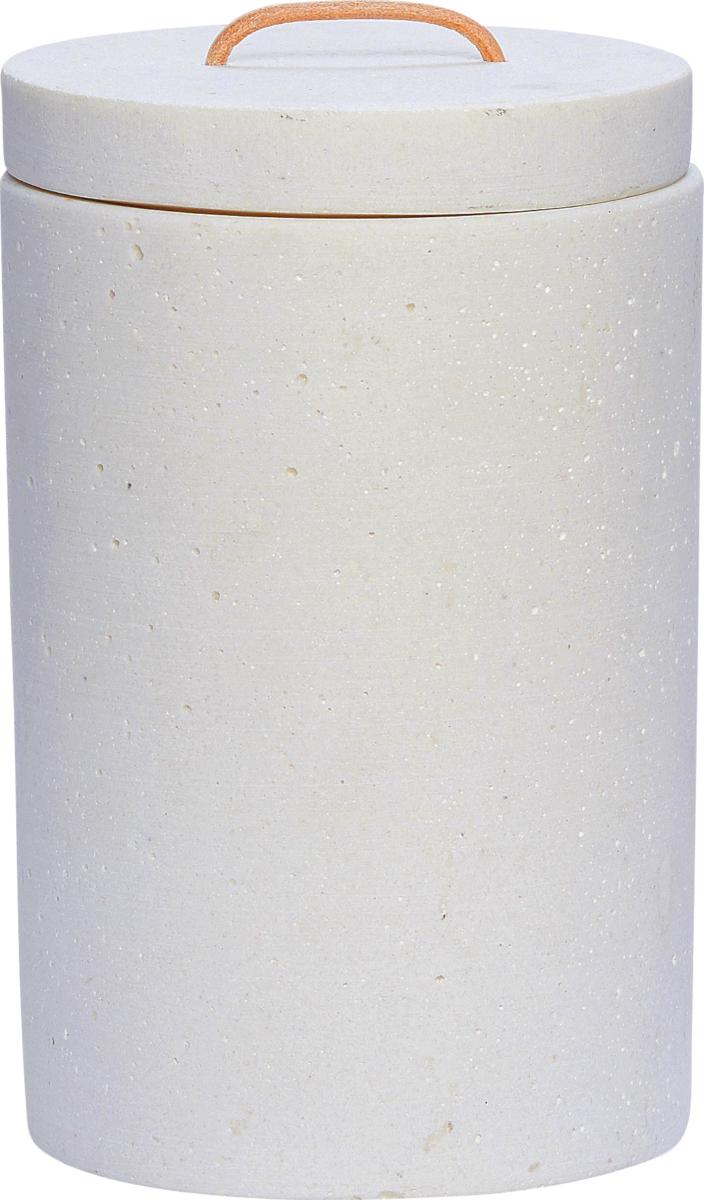 På billedet ser du variationen fra brandet Hübsch i en størrelse Ø: 14 cm. H: 22 cm. i farven Hvid