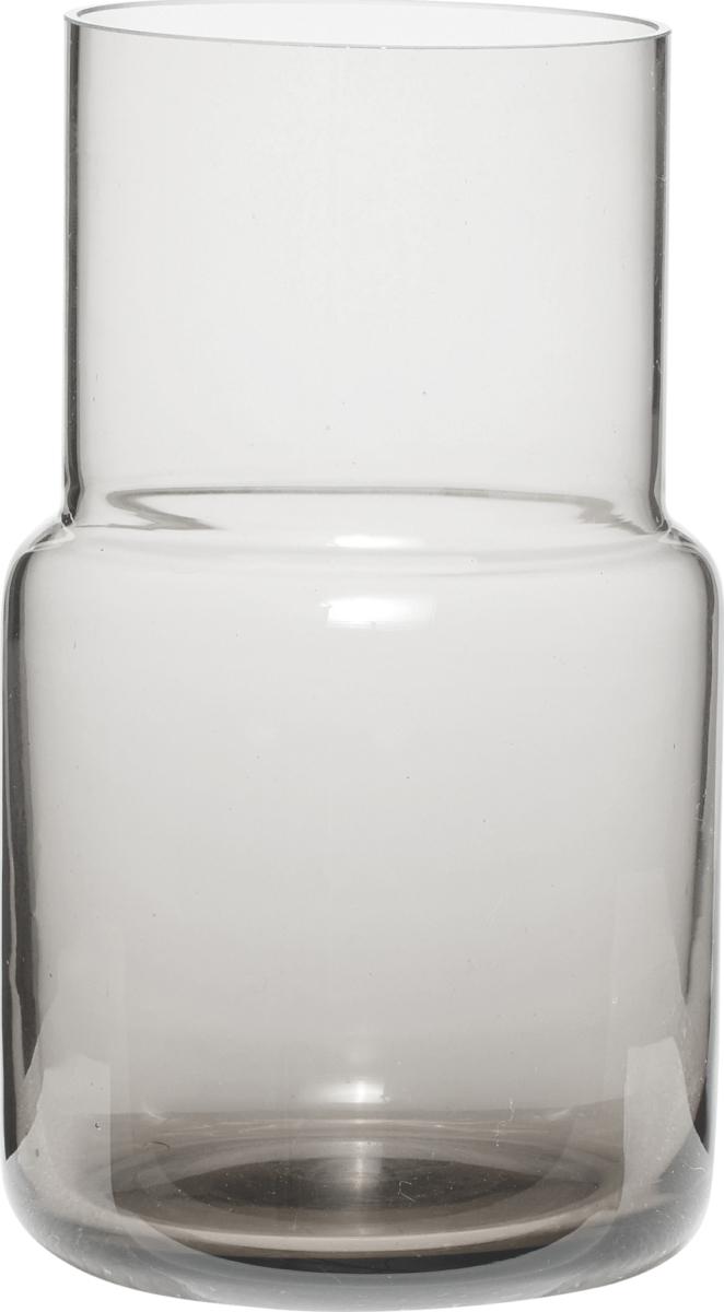På billedet ser du variationen Vase, Shun fra brandet Hübsch i en størrelse Ø: 11 cm. H: 17 cm. i farven Grå