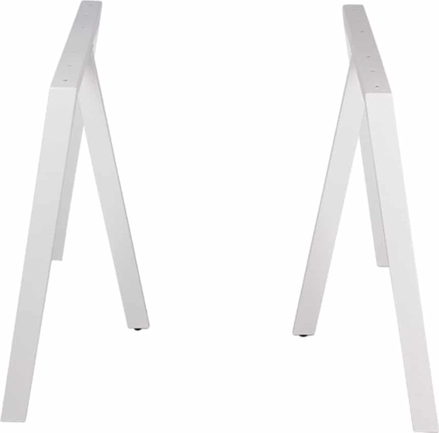På billedet ser du variationen Stel til plankeborde, 3 feet base fra brandet Preform i en størrelse H: 71 cm. B: 70 cm. L: 25 cm. i farven Hvid