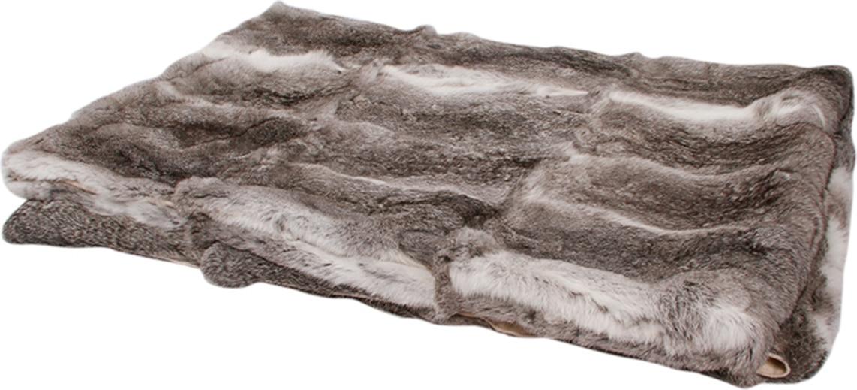 På billedet ser du variationen Tæppe, Rabbit fra brandet Preform i en størrelse B: 120 cm. L: 180 cm. i farven Mørkegrå