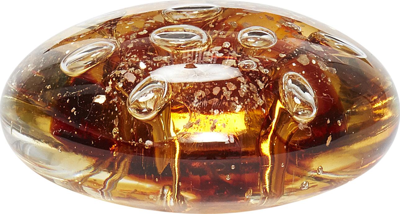På billedet ser du variationen Brevpresser, Dubhshlaine fra brandet Hübsch i en størrelse Ø: 10 cm. H: 5 cm. i farven Brun