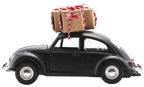 På billedet ser du variationen Dekoration, Xmas car fra brandet House Doctor i en størrelse L: 12,5 cm. i farven Sort