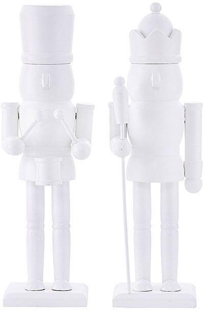 På billedet ser du variationen Figur, The guard fra brandet House Doctor i en størrelse H: 26 cm. i farven Hvid