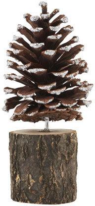 På billedet ser du variationen Grankogle on a stand fra brandet House Doctor i en størrelse H: 18 cm. i farven Mørkebrun