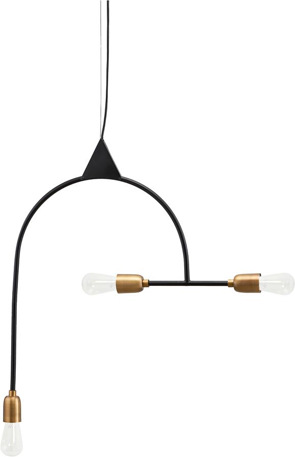 På billedet ser du variationen Hængelampe, Arch fra brandet House Doctor i en størrelse H: 66,5 cm. B: 63 cm. i farven Sort/Messing