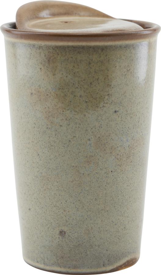 På billedet ser du variationen Krus, Togo fra brandet House Doctor i en størrelse D: 9 cm. H: 13,5 cm. i farven Brun