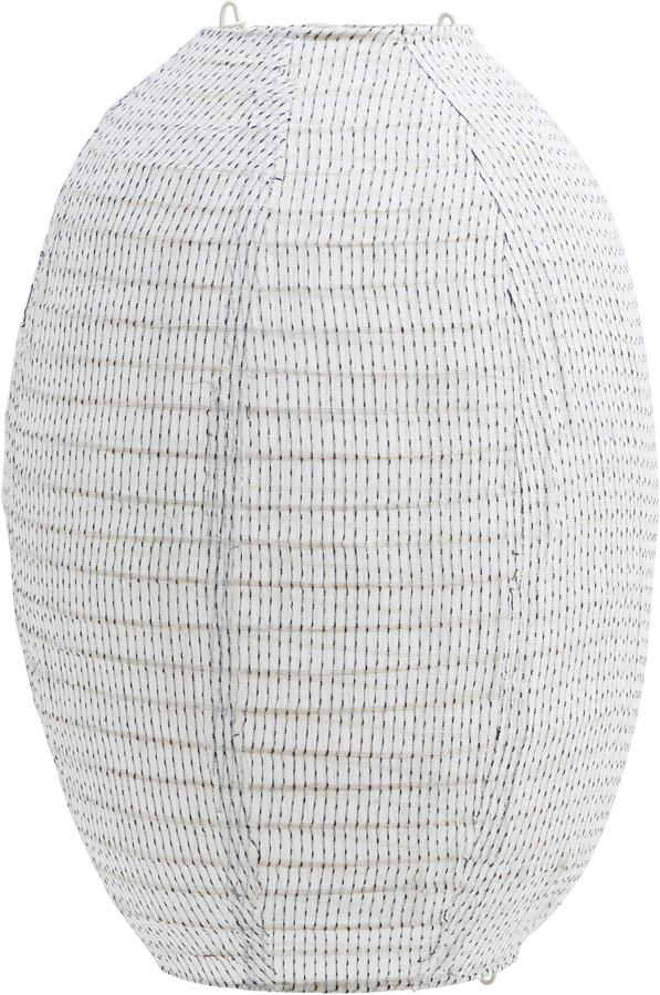 På billedet ser du variationen Lampeskærm, Stitch fra brandet House Doctor i en størrelse H: 40 cm. B: 30 cm. i farven Off-white