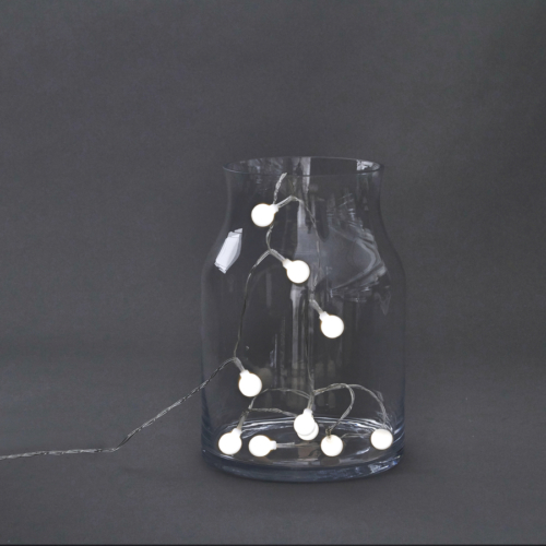 På billedet ser du variationen Lyskæde, Globe fra brandet House Doctor i en størrelse L: 170 cm. i farven Lys