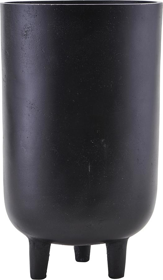 På billedet ser du variationen Potte, Jang oxideret fra brandet House Doctor i en størrelse D: 15 cm. H: 26 cm. i farven Sort