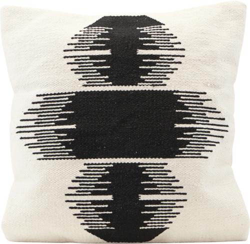 På billedet ser du variationen Pudebetræk, Ginea fra brandet House Doctor i en størrelse B: 50 cm. L: 50 cm. i farven Off-white
