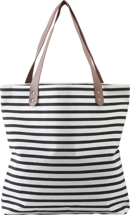 På billedet ser du variationen Shopper, taske, Stripes fra brandet House Doctor i en størrelse H: 40 cm. B: 45 cm. L: 10 cm. i farven Sort/Hvid
