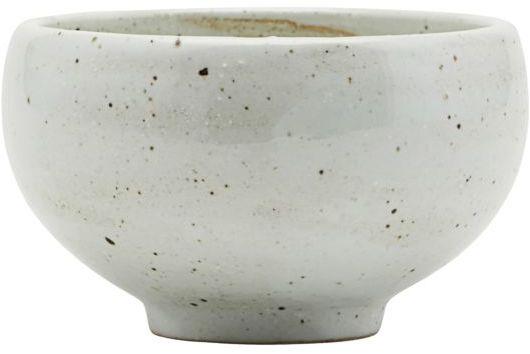På billedet ser du variationen Made, Skål fra brandet House Doctor i en størrelse D: 13 cm. x H: 8 cm. i farven Elfenben
