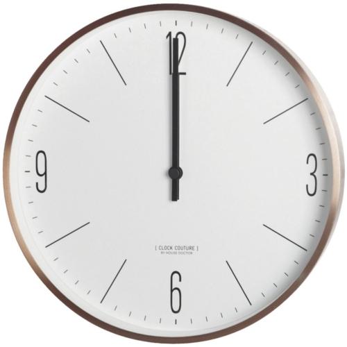 På billedet ser du variationen Clock Couture, Vægur, White fra brandet House Doctor i en størrelse D: 30 cm. i farven Guld/Hvid