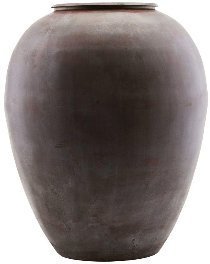 På billedet ser du variationen Vase, Etnik, Rødish fra brandet House Doctor i en størrelse D: 33 cm. H: 40 cm. i farven Rød