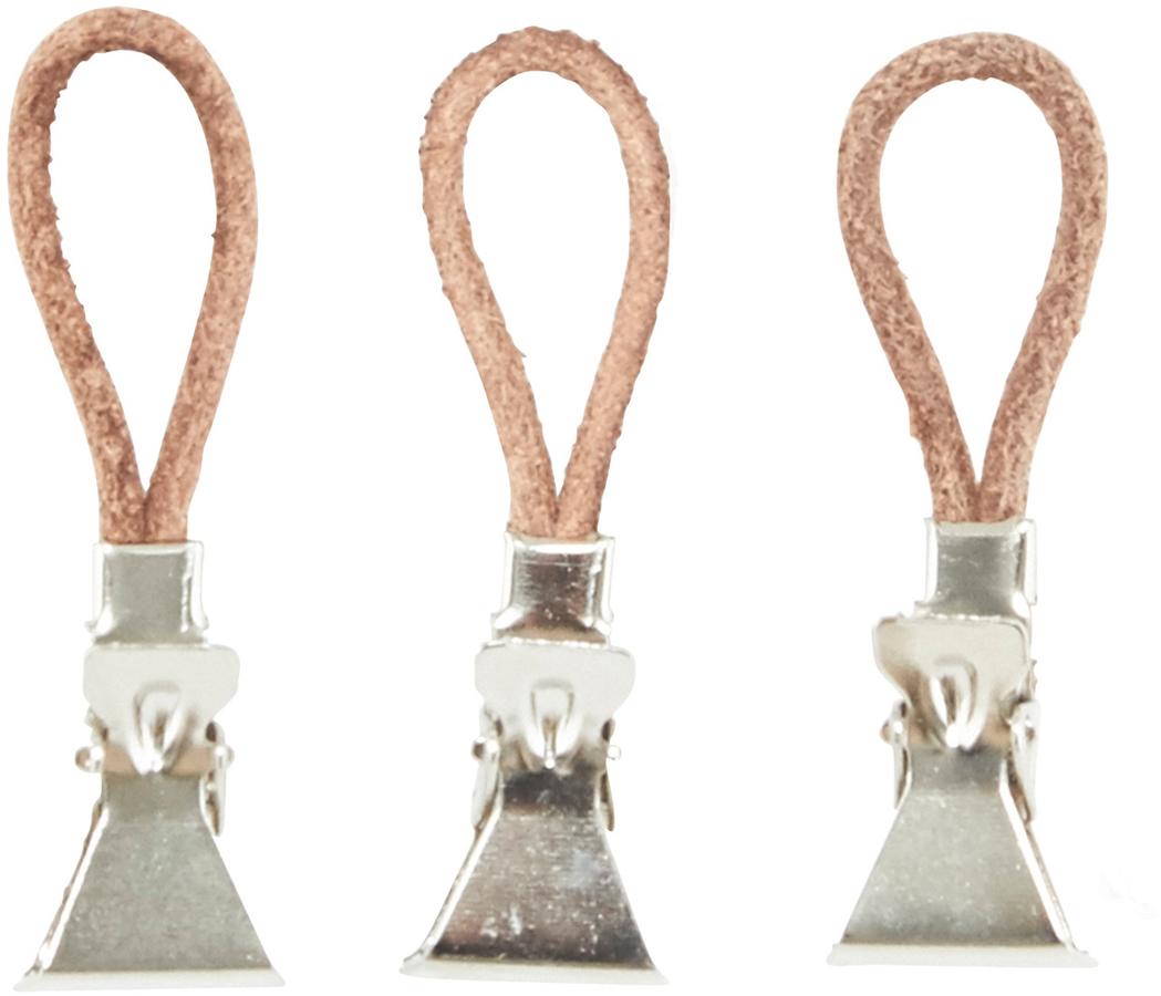På billedet ser du variationen Håndklædeclips, læder fra brandet Meraki i en størrelse 10 STK./PKG. i farven Sølv