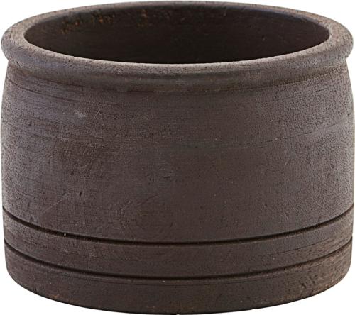 På billedet ser du variationen Opbevaring/potte, Kango fra brandet House Doctor i en størrelse Ø: 12,6 cm. H: 9 cm. i farven Mørkebrun