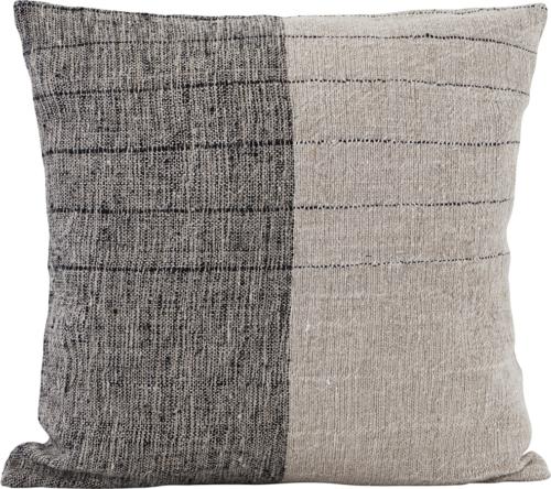 På billedet ser du variationen Pudebetræk, Dived fra brandet House Doctor i en størrelse B: 50 cm. L: 50 cm. i farven Sort/off-white