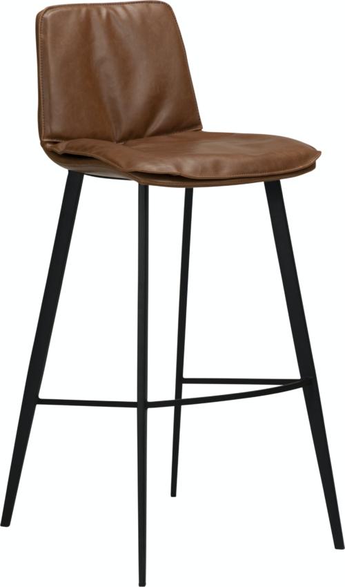 På billedet ser du variationen Fierce, Barstol, Kunstlæder fra brandet DAN-FORM Denmark i en størrelse H: 103 cm. B: 45 cm. L: 51 cm. i farven Brun