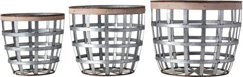 På billedet ser du variationen Gatherings, Kurv, Metal (sæt med 3 stk.) fra brandet Creative Collection i en størrelse Sæt á 3 stk. i farven Sølv