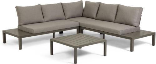 På billedet ser du variationen Duka, Udendørs sofasæt fra brandet LaForma i en størrelse H: 65 cm. B: 246 cm. L: 246 cm. i farven Brun